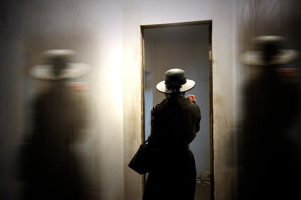 black hat girl - seo tactics