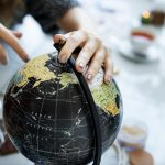 world globe traveler min